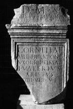 Epitafio di Cornelia Ermione e di Valeria Aristoclia
