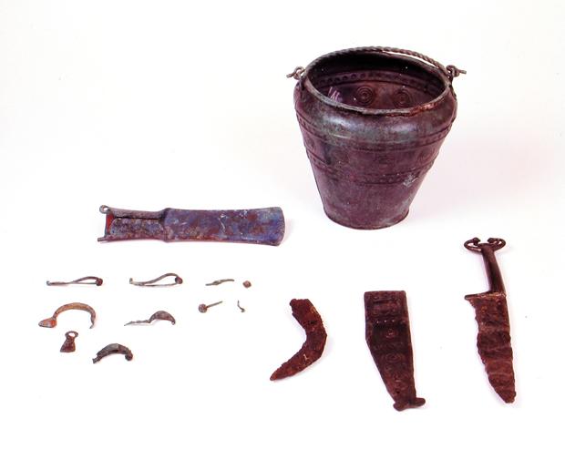 Corredo della tomba 3299 (fine VI – inizi V sec. a.C.).